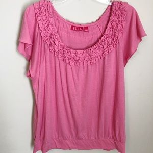 Elle Must Have Tee in coral NWT